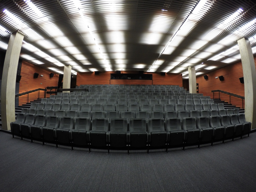 5a9a03d3a Kino Lumière po rozsiahlej štvormesačnej stavebnej prestávke otvorilo svoje  priestory 20. októbra 2016.Kinosály sa sprístupnili postupne, aktuálne sa  už ...